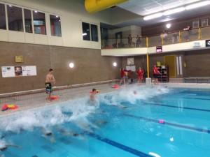 Egmondse Reddingsbrigade Zwembad training